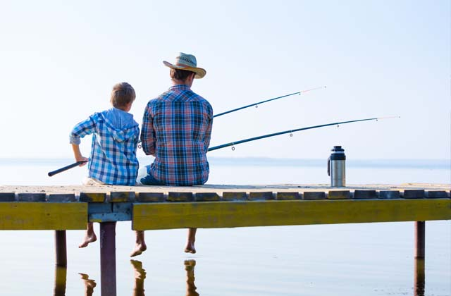 Enjoy fishing with kid